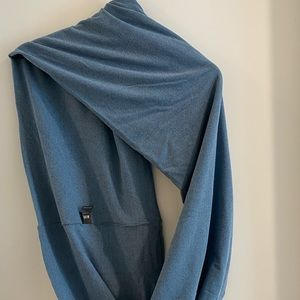 😁 Large blue infinity scarf NEVER WORN